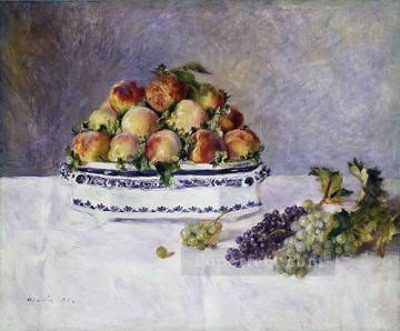 Still life Painting - with peaches and grapes Pierre Auguste Renoir still lifes
